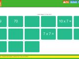 Tafels oefenen met memory game